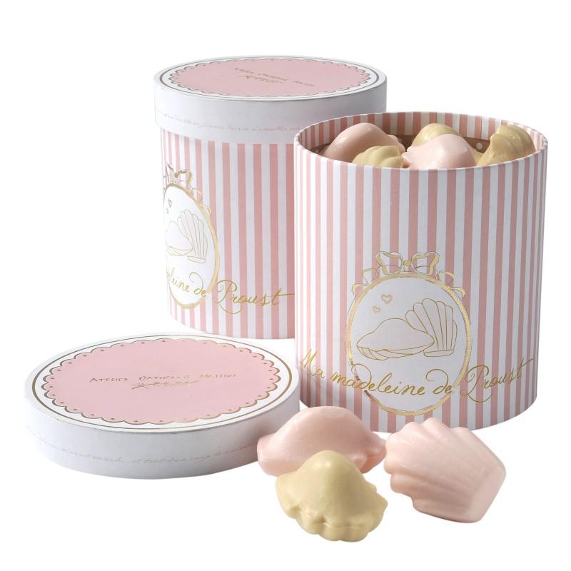 coffret-cadeau-de-12-savons-madeleine-assortis
